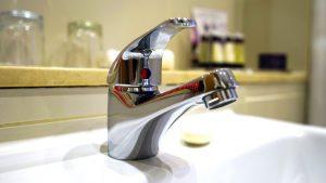 bathroom-lever-faucet