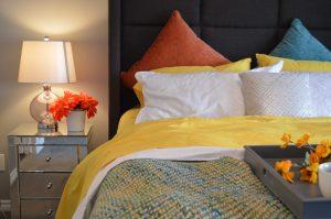 bedroom-calming-lighting