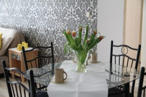 feature-wall-wallpaper